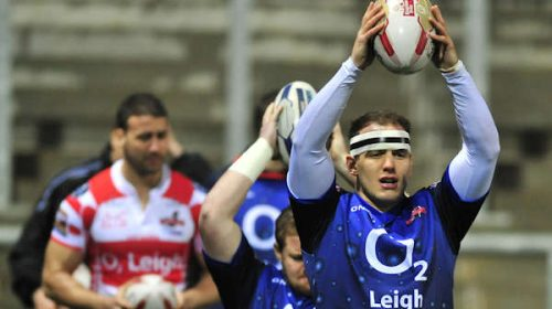 Centurions Sign Andy Thornley