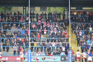 Leigh fans at The Shay